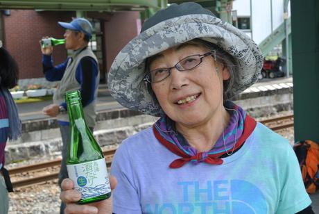 鳥海山麓「真坂」への楽しい鉄道の旅_c0242406_1561329.jpg