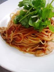 6/23本日のパスタ:豚肉とホワイトセロリのトマトソース・スパゲティ_a0116684_1150721.jpg