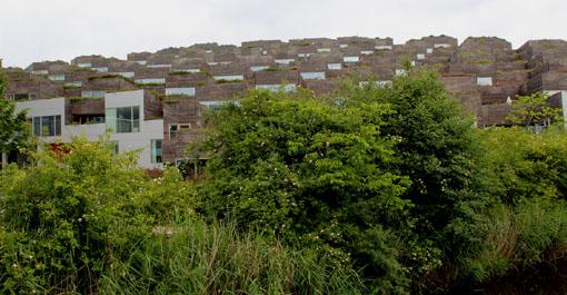 12北欧研修:コペンの再開発オレスタッド・シティー1:マウンテン集合住宅_e0054299_17342457.jpg