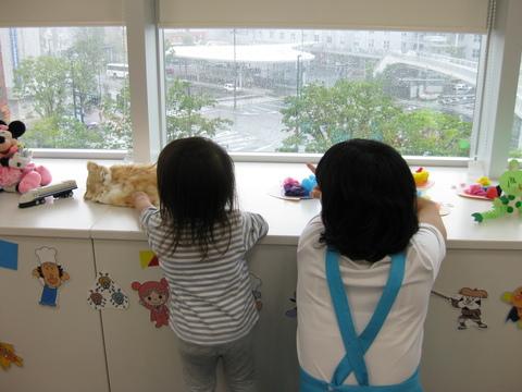 雨の日の託児室_b0228113_14375079.jpg