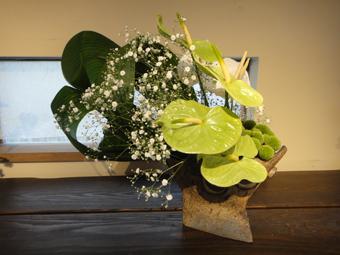 「花と器展」_e0109554_7125150.jpg