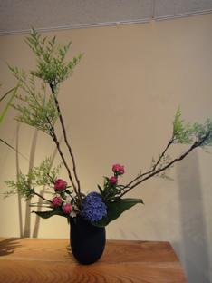 「花と器展」_e0109554_7131122.jpg