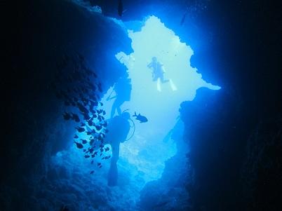 万座でダイビング&青の洞窟シュノーケル_a0156273_1781713.jpg
