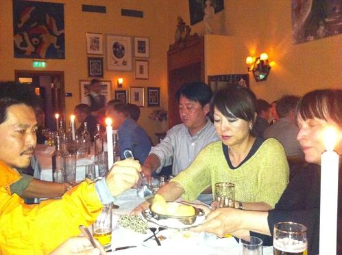 12北欧研修:ストックホルムでの夕食_e0054299_17403117.jpg