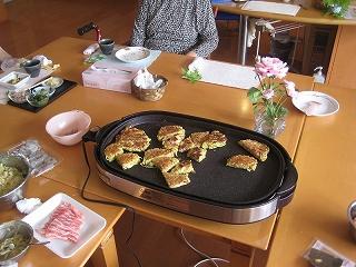 食事作り<アクティブライフ芦屋・グループホーム けやき>_c0107602_14411672.jpg