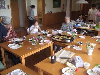 食事作り<アクティブライフ芦屋・グループホーム けやき>_c0107602_14413757.jpg