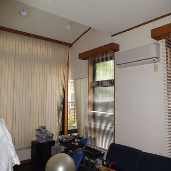36・木造住宅の改修 「タブノキのある家」の1階南側のトレーニング室。_c0195909_153419.jpg