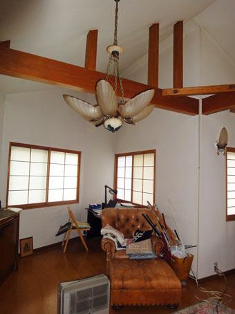 38・木造住宅の改修 「タブノキのある家」の2階吹き抜けとなる場所。_c0195909_1610222.jpg