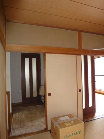 39・木造住宅の改修 「タブノキのある家」の使われていなかった2階の和室。_c0195909_1620281.jpg