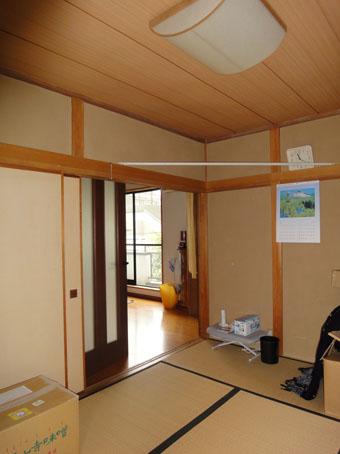 39・木造住宅の改修 「タブノキのある家」の使われていなかった2階の和室。_c0195909_16203279.jpg
