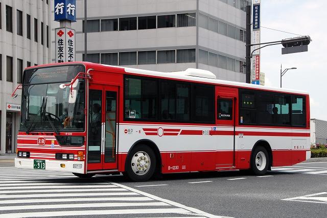 京阪バス~エアロスターワンステップバス(Bタイプ転属車)~_a0164734_22592074.jpg