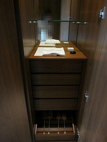 6月 パレスホテル東京 部屋その1_a0055835_0161472.jpg