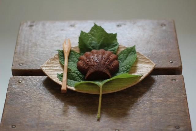 木の葉皿とヘラ_b0132338_125127.jpg