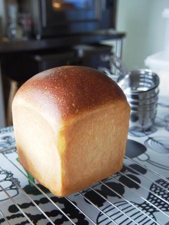 はちみつパン焼いてます_e0167593_034956.jpg