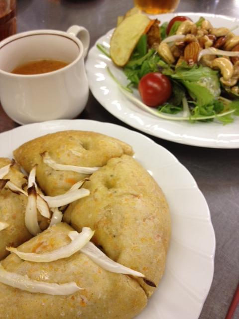 オーガニック料理とパンの教室_e0045565_13181286.jpg