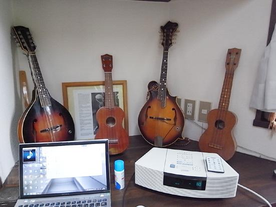 恒例のギターを弾きながら宴会♪_b0051666_7301959.jpg