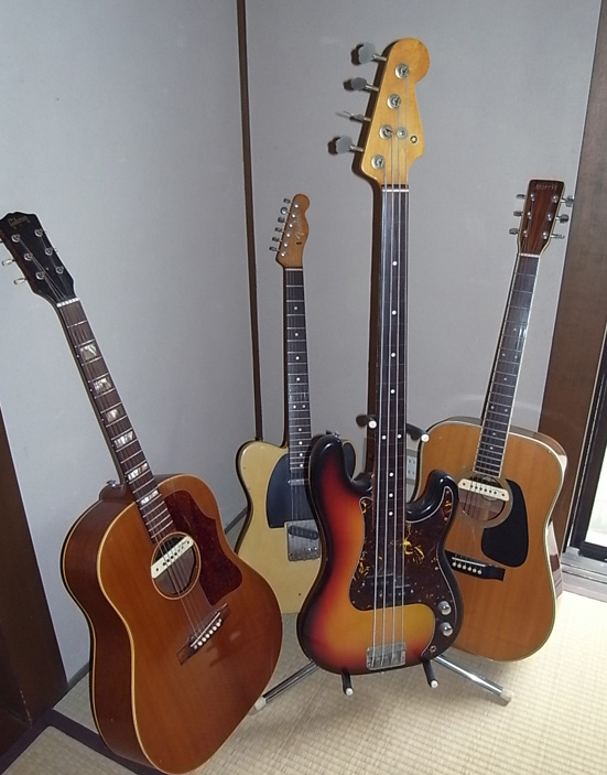 恒例のギターを弾きながら宴会♪_b0051666_7302635.jpg