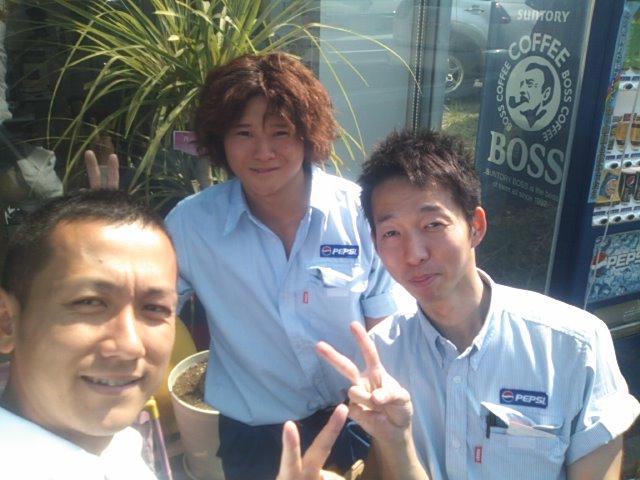 ランクルトミー札幌店(^o^)朝の掃除中_b0127002_9395621.jpg