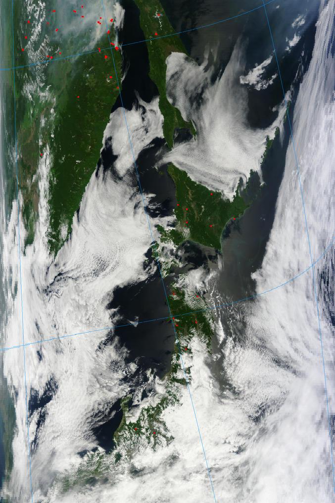 HAARP軍隊「次ぎはどこへお見舞いしましょうか?」:石川と新潟の上の巨大正方形!?_e0171614_2033768.jpg