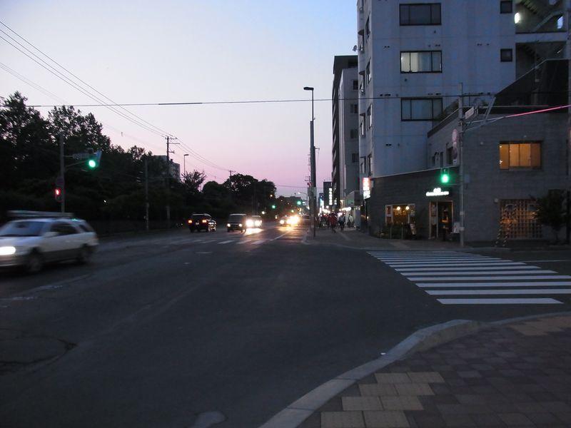 夕方の打ち合わせ_c0025115_20383647.jpg