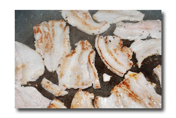 田原ポークの塩麹焼き ........ 塩麹が豚肉の旨味をひきたてます!_d0069838_12293781.jpg