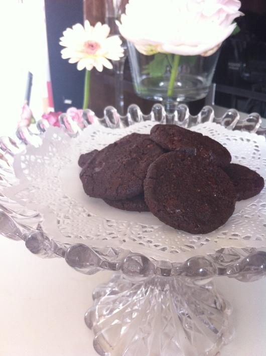 ダブルチョコレートクッキー_e0214541_1134412.jpg