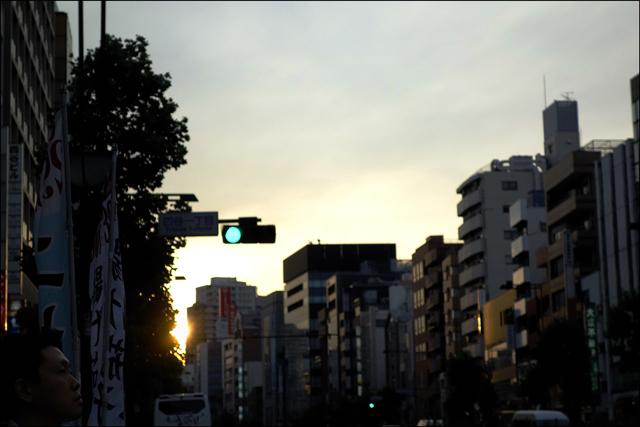 日没前後の四ッ谷界隈を歩いて、、、その二_a0031363_0593055.jpg