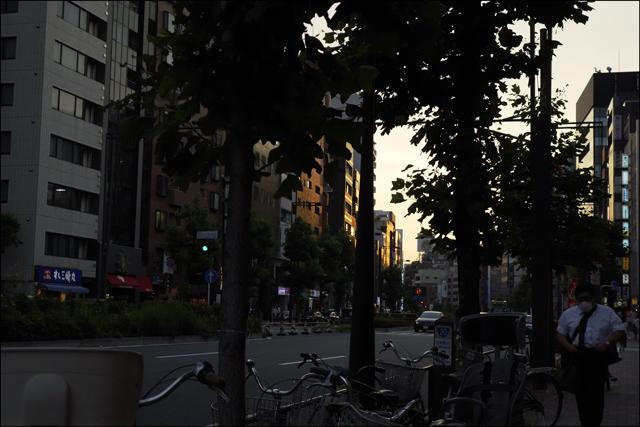 日没前後の四ッ谷界隈を歩いて、、、その二_a0031363_0594898.jpg