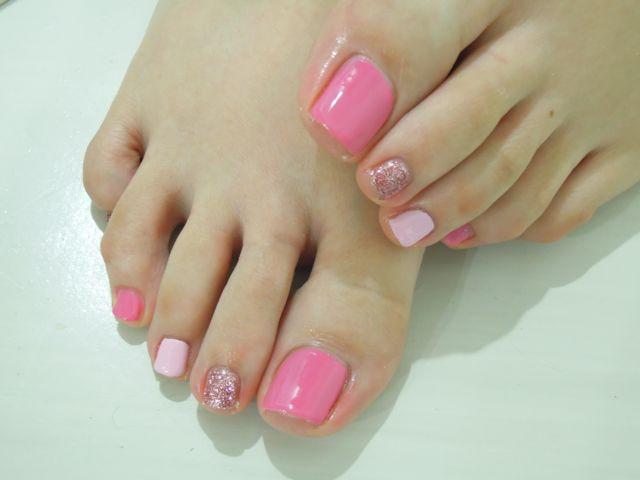 Pink Foot Nail_a0239065_2028264.jpg