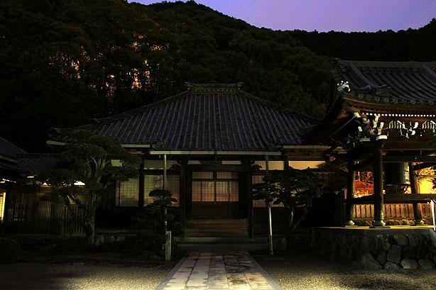 長楽寺夜景_b0186680_18392337.jpg