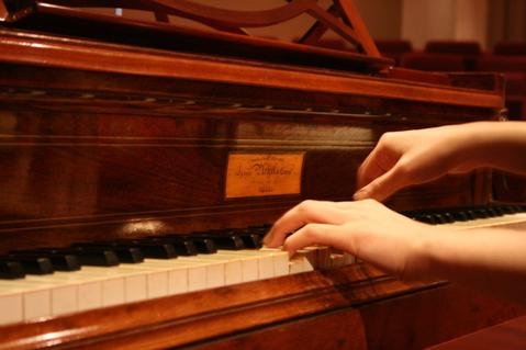 ピアノ・チェンバロ教室開校のお知らせ/Kay Music Academy_d0070113_10181157.jpg