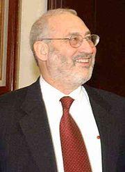 スティグリッツ教授、「1%の真実」を語る:「1%の、1%のための、1%による」政府_e0171614_11192465.jpg