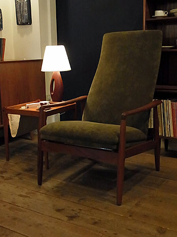 highback chair_c0139773_142952100.jpg