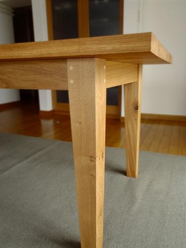 2台のテーブル_e0243332_2381468.jpg