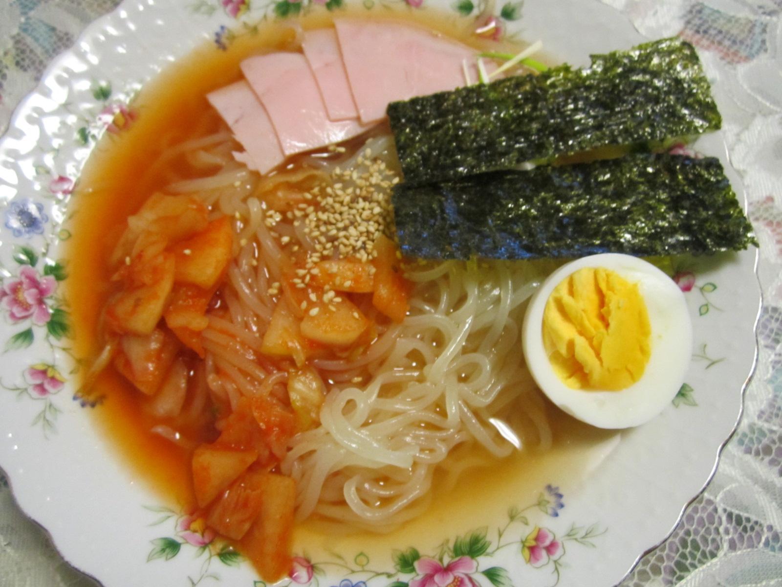 盛岡冷麺_f0205367_1425277.jpg