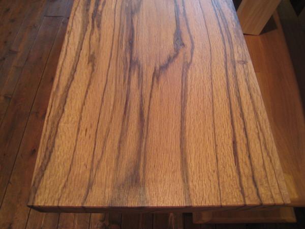 カシの木のテレビボード完成!!_e0137684_13231323.jpg