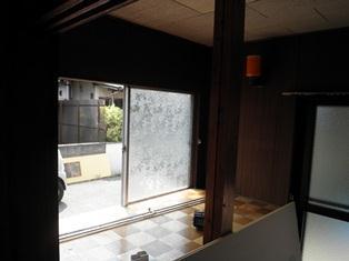 あっ窓が・・・_b0232198_11113864.jpg