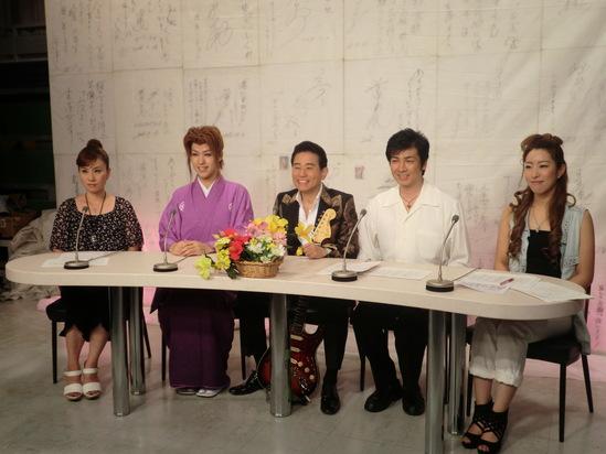 今千葉テレビから戻ってきました。_e0119092_1530775.jpg