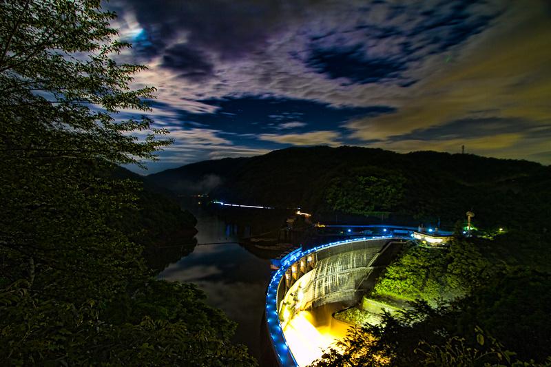 天ヶ瀬ダム 放流ライトアップ_e0214961_194643.jpg