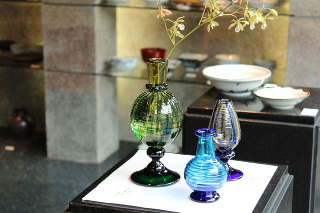 ガラス花瓶_c0237627_22595581.jpg