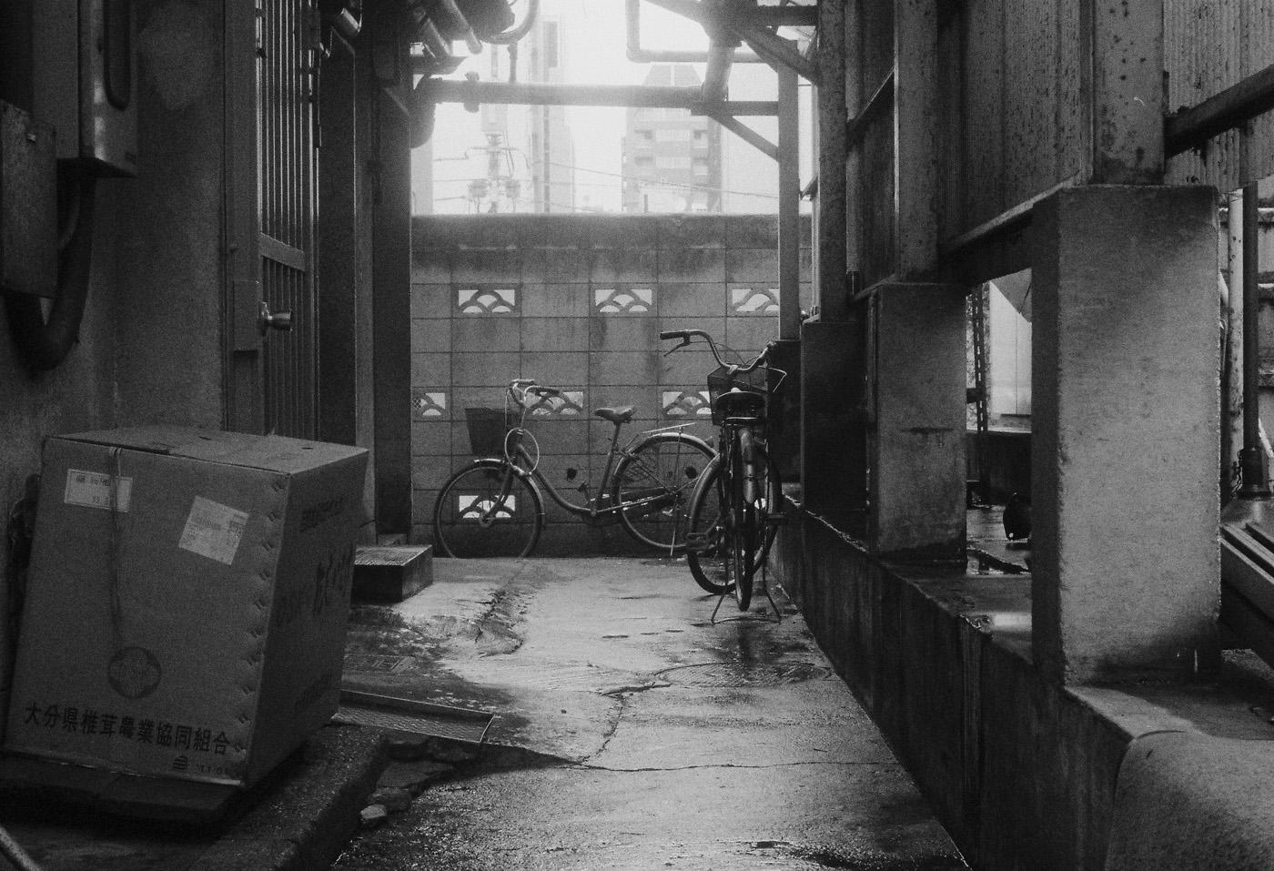 築地の自転車、その2。_c0120903_18535078.jpg