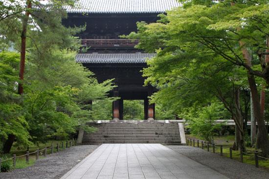 深緑の南禅寺1_e0048413_205895.jpg