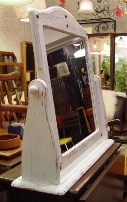白ペンキの鏡 仕上がりました!!_a0096367_2013011.jpg