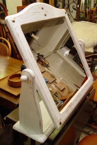 白ペンキの鏡 仕上がりました!!_a0096367_20131722.jpg