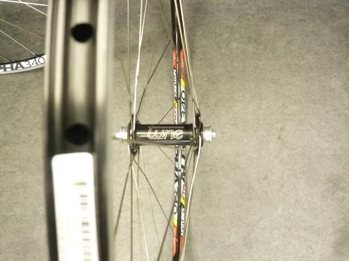 本日出来立てのホイール&スペシャルバイク@Tour de France_a0262093_1410158.jpg