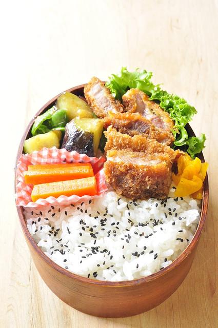 三浦野菜とソースカツ弁当_b0171098_8391541.jpg