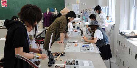 2012年7月7日,8日にNSCカレッジでは体験入学が開催 その3_b0110019_5202041.jpg