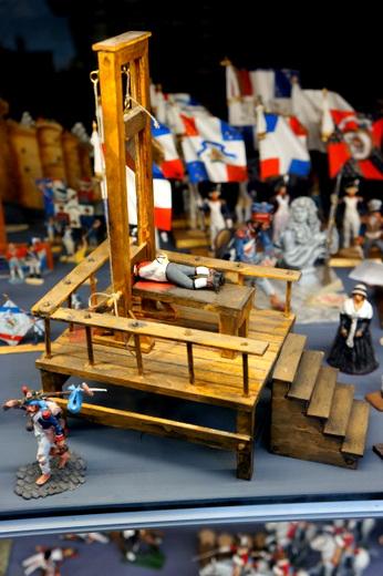 From Mini Palais\' Deadly Tartare to Parisian Sweets_c0201334_10445722.jpg