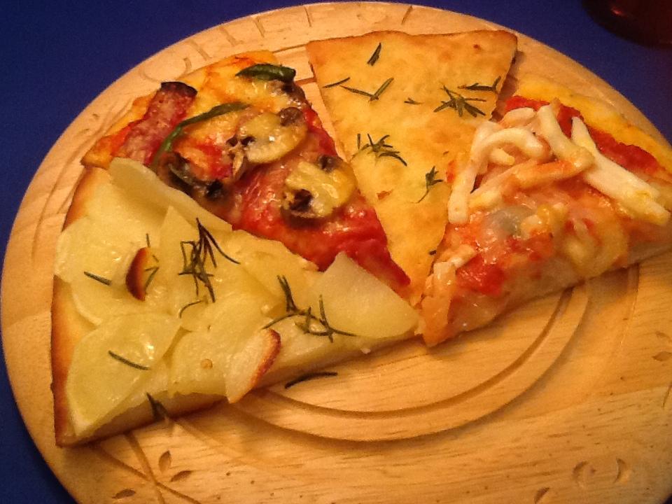 Pizza alla napoletana _d0128354_18562210.jpg