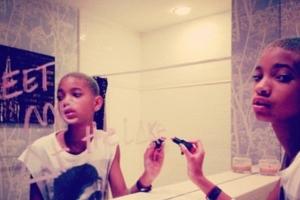 11歳の女の子(ウィル・スミスさんの娘さん)がニューヨークの街角で歌うミュージック・ビデオ I Am Me_b0007805_8434490.jpg